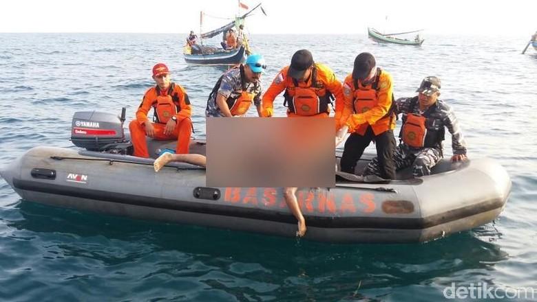 Basarnas Temukan Mayat di Pulau Gili Diduga Nelayan Pasuruan
