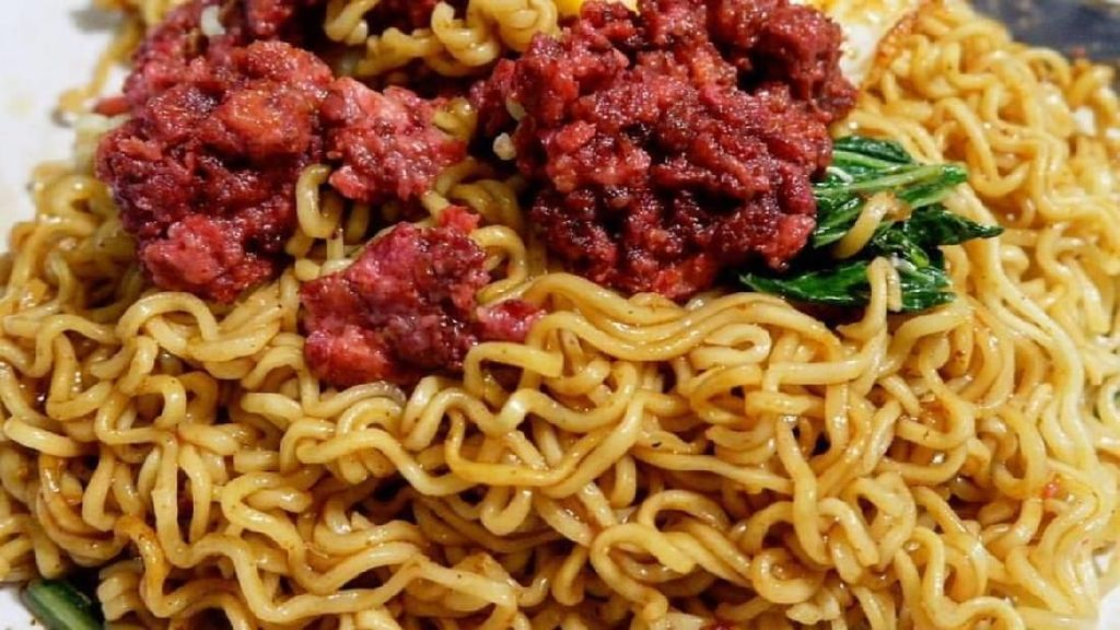 Nyobain Makan Bakmie dengan Topping 8 Kombinasi