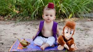 Cute-nya Bocah 1 Tahun Saat Jadi Pangeran Disney