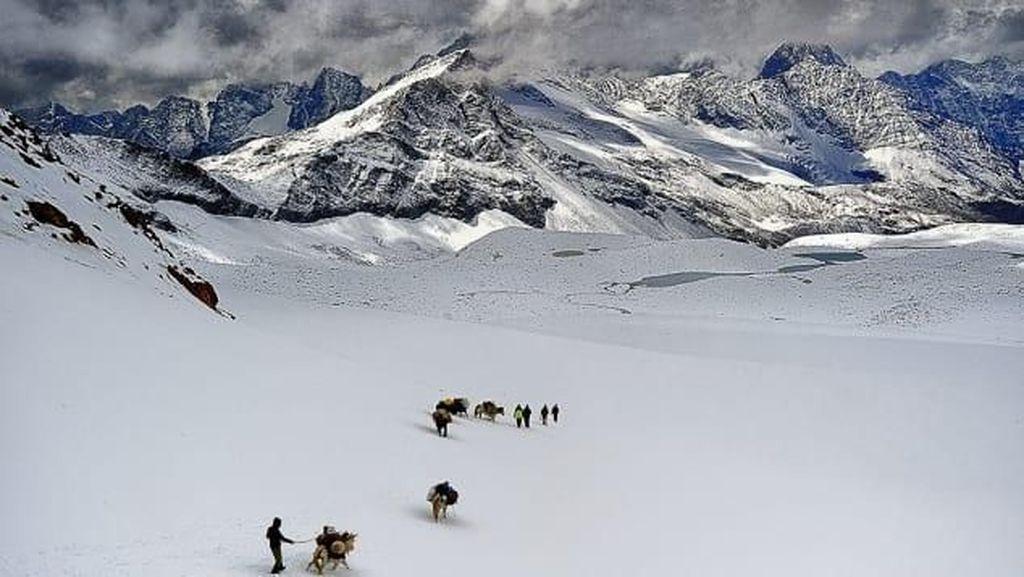 Desa Terisolasi Himalaya yang Dikuasai Aleksander Agung