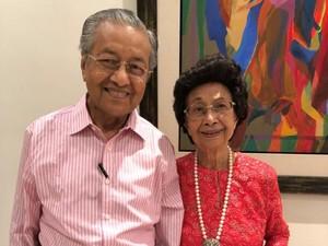 Mahathir Mohamad Dilarikan ke Rumah Sakit karena Infeksi Dada