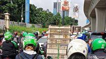 Macet Panjang di Pancoran ke Kuningan, Kendaraan Sempat Tak Bergerak