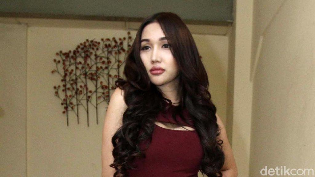 Tak Cuma 1, Ada Banyak Iklan Prostitusi Transgender yang Diduga Lucinta