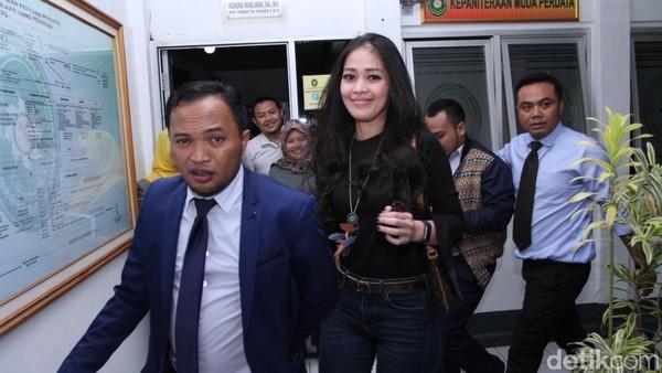 Pihak Gracia Indri Justru Tegaskan Perceraian karena KDRT