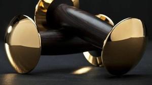 Dumbel Emas Sampai Samsak Tinju Louis Vuitton, 5 Barang Olahraga Termahal