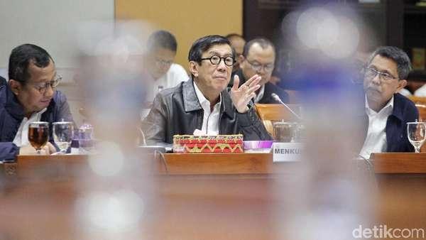 Menkum HAM: Yang Protes UU MD3 Silakan Gugat ke MK