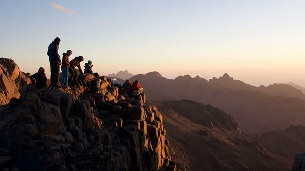 Jalur Trekking Pertama Manusia Ada di Mesir?