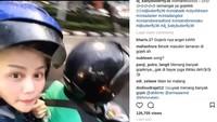 Fotonya mendapat banyak likes sampai 126 ribu lebih. Komentar netizen pun kocak-kocak. Foto: Instagram/dj_kattybutterfly36/istimewa