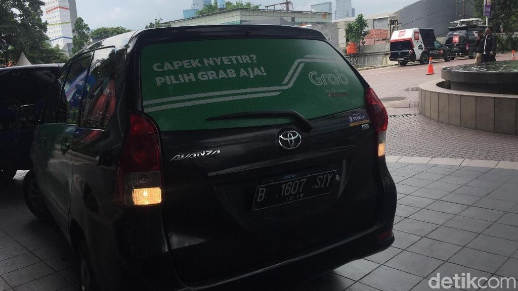 Biaya Izin Taksi Online Diusulkan Turun Jadi Rp 1,5 Juta