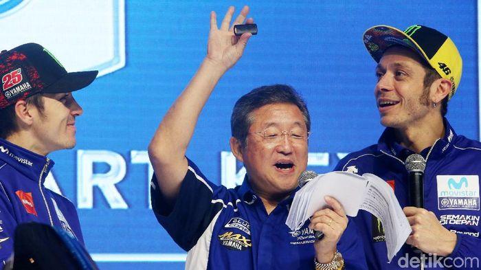 Maverick Vinales dan Vale Rossi di Jakarta kemarin (Ari Saputra/detikSport)