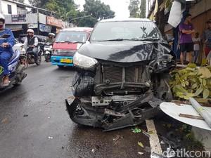 Foto Ringseknya Mobil Santri Garut yang Kecelakaan di Sukabumi