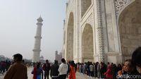 Mengagumi Kemegahan Cinta dan Keberagaman Agama di Taj Mahal