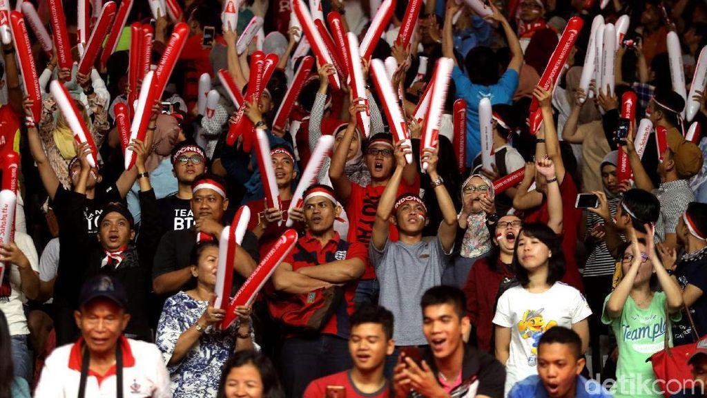 Ribuan Penonton Ramaikan Final Indonesia Masters 2018