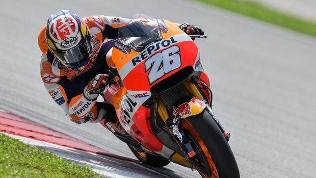 Valentino Rossi mengakui Dani Pedrosa sebagai pebalap yang layak meraih gelar juara dunia.