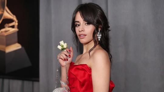 Yuk! Intip Camila Cabello Make Up Sebelum Manggung