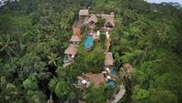 Kabar itu diberitahukan oleh Leri, asisten Ashanty, dalam video di channel YouTube The Hermansyah A6 yang berjudul Beli Hotel di Ubud, Ashanty Fix Pindah ke Bali