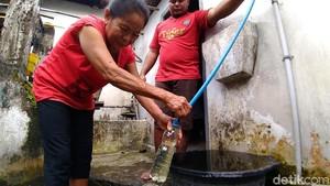 Warga Kediri Keluhkan Sumber Air yang Tercemar Limbah Pabrik Gula