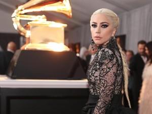 Sakit Makin Parah, Lady Gaga Tak Sanggup Selesaikan Tur Eropa