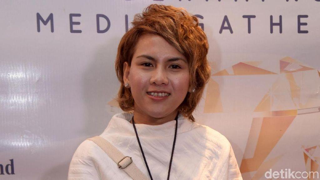 Evelyn Akan Rayakan Idul Adha Bersama Sang Ayah