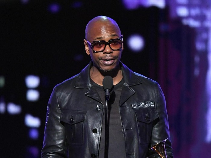 NEW YORK, NY - JANUARY 28:  Comedian Dave Chappelle speaks onstage during the 60th Annual GRAMMY Awards at Madison Square Garden on January 28, 2018 in New York City.  (Photo by Kevin Winter/Getty Images for NARAS)