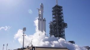 Cara Mudah Nonton Peluncuran Roket Terkuat Sejagat