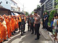 Suasana di lokasi kebakaran di Tamansari, Jakarta Barat