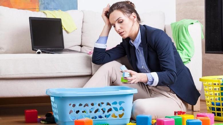 Curhat Ibu yang Merasa Sendiri karena Suami Sibuk Kerja/ Foto: Thinkstock