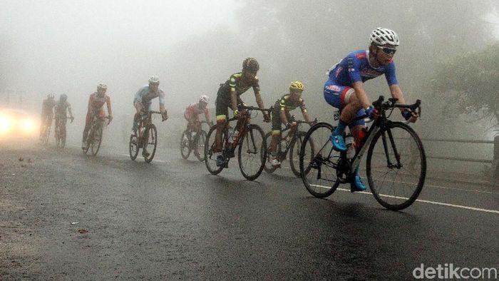Ilustrasi balap sepeda road race (Rengga Sancaya/detikSport)
