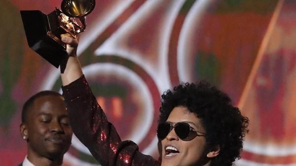 Bruno Mars Borong 7 Piala, Ini Daftar Lengkap Pemenang Grammy 2018