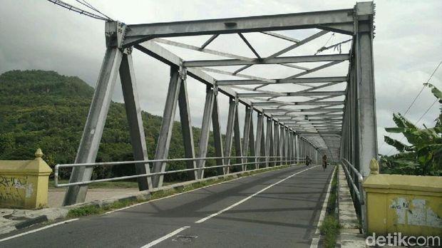 Jembatan Kretek