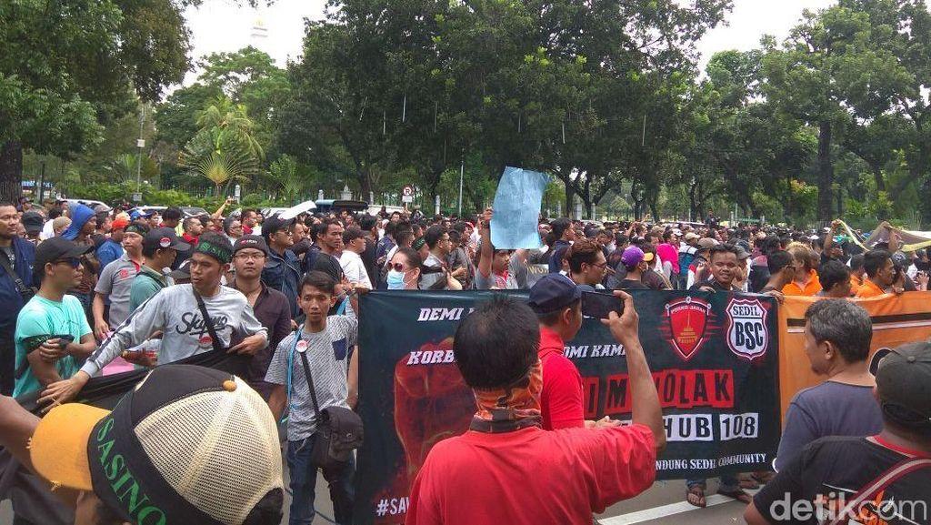 Demo di Kemenhub, Ini Tuntutan Sopir Taksi Online