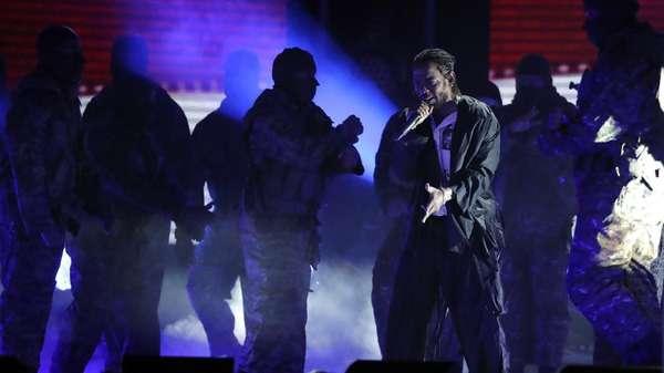 Kelas! Cara Kendrick Lamar Buka Grammy 2018