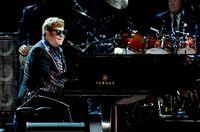 Meghan Markle Minta Elton John Jadi Guru Les Piano Anaknya