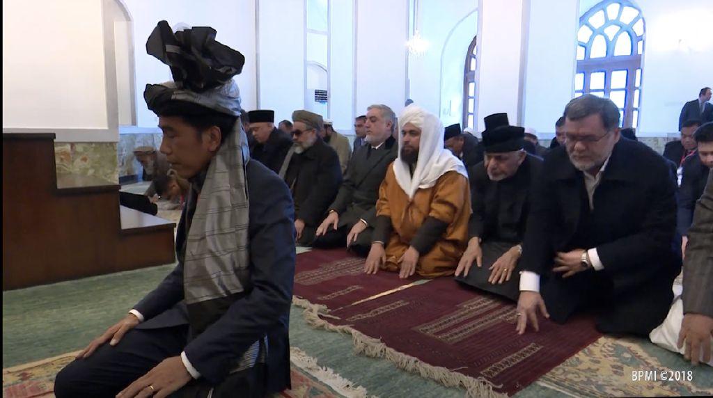 Mengenal Turban yang Jokowi Pakai saat Jadi Imam Salat di Afghanistan