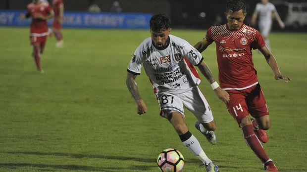 Ismed Sofyan menjadi kapten tim Persija Jakarta pada tahun 2018.