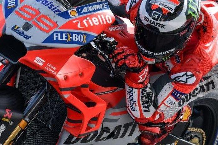 Jorge Lorenzo tercepat di hari terakhir tes MotoGP Sepang 2018. (Foto: Mohd Rasfan/AFP Photo)