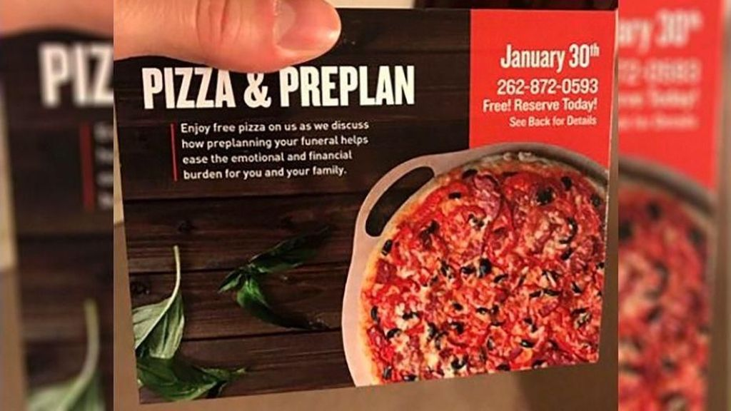 Perusahaan Ini Tawarkan Pizza Gratis Bagi Pemesan Lahan Kuburan