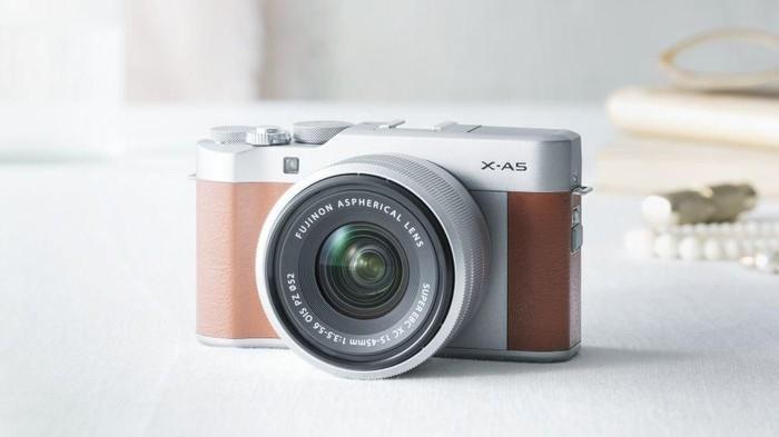 Fujifilm Rilis Kamera Mirrorless X A5 Harganya