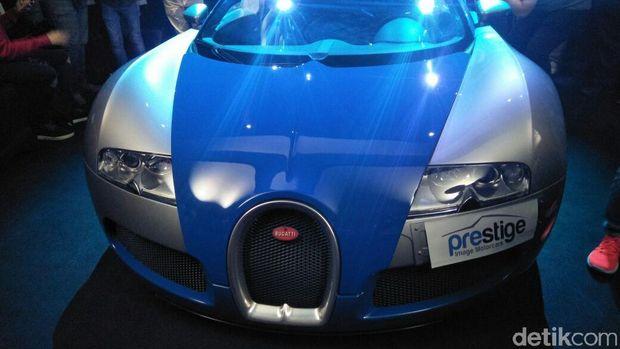 Bugatti Veyron 16.4 sapa Indonesia.