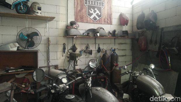 Bengkel Katros garage di Ciputat