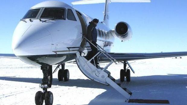 Kemping Mewah di Kutub Selatan, Bisa Diantar Naik Pesawat Jet!