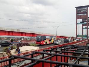 Yuk Lihat Gerhana Total di Benteng Kuto Besak dan Jembatan Ampera
