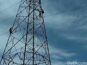 Seorang Wanita Coba Bunuh Diri Panjat Tower Sutet di Cilacap