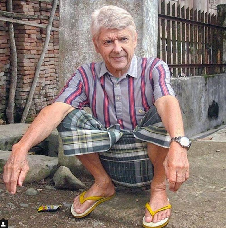 Arsenal dipermalukan Swansea City, mungkin Arsene Wenger lagi sarungan sambil merenung dan senyum-senyum sendiri lantaran bingung kenapa bisa kalah. Foto: Instagram/indrahakim