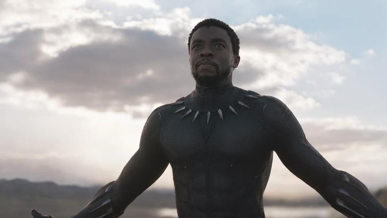 Black Panther Jadi Superhero Pertama yang Tampil di Sampul TIME