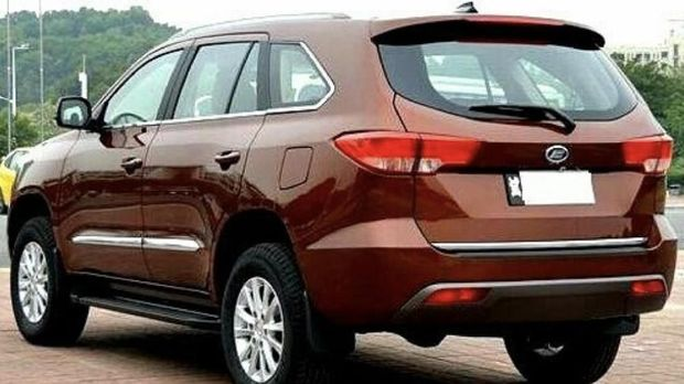 Komparasi Esemka Garuda 1 dan Mobil China Foday Landfort