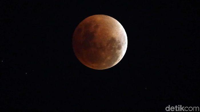 Gerhana Bulan Terlama Abad 21