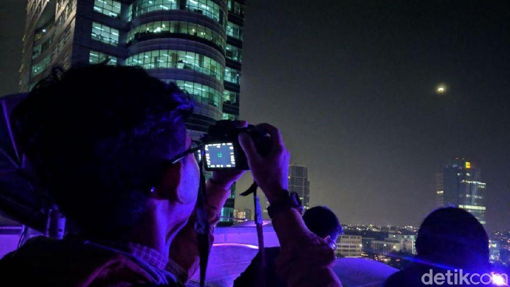 Netizen Indonesia Kirim 705 Ribu Kicauan #SuperBlueBloodMoon