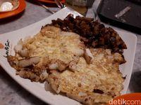 Jajan Sate Ayam dan Ikan Pari Bakar yang Sedap di Lau Pa Sat
