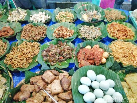 Cari Kuliner Malam Jakarta, Coba 10 Tempat Ini